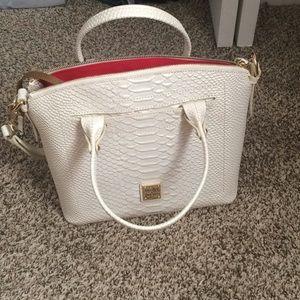 Dooney and Bourke handbag!!